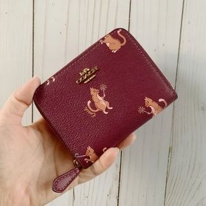 NWT COACH SMALL ZIP AROUND WALLET WITH PARTY CAT